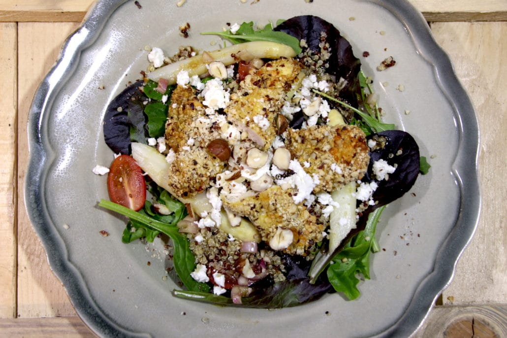 salade de poulet pané à la noisette